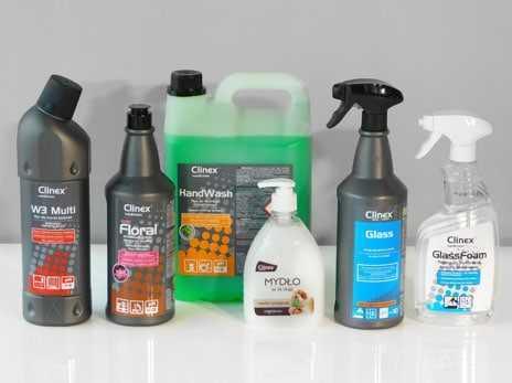 Środki czystości i higieny w butelkach i dozownikach firmy Clinex